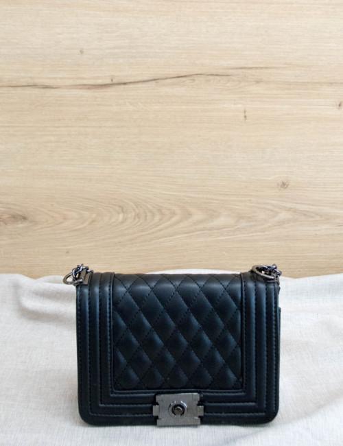 Γυναικεία μαύρη καπιτονέ τσάντα ανθρακί αλυσίδα P6858