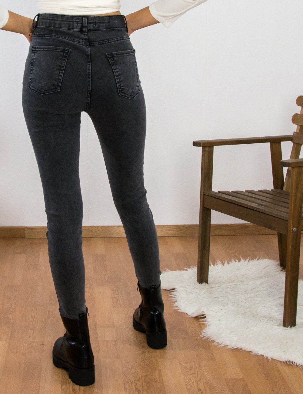 Γυναικείο μαύρο τζιν παντελόνι σωλήνας Plus Size  ελαστικό LY1832