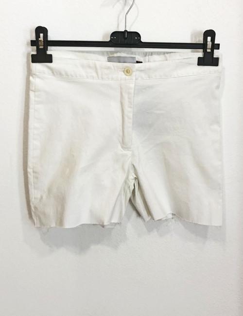 Γυναικείο λευκό υφασμάτινο σορτς 118251